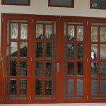 Tìm hiểu về cửa nhôm sơn tĩnh điện vân gỗ cao cấp tại Tphcm